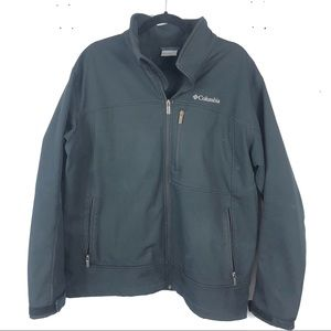 COLUMBIA hard shell black zip up jacket
